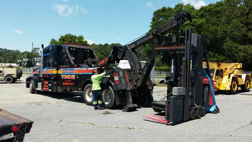 forklift equipment towing services